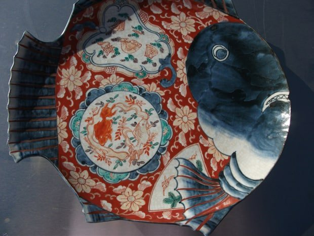 ceramic fish dish repaired by Karen Dean / ceramic restoration studios