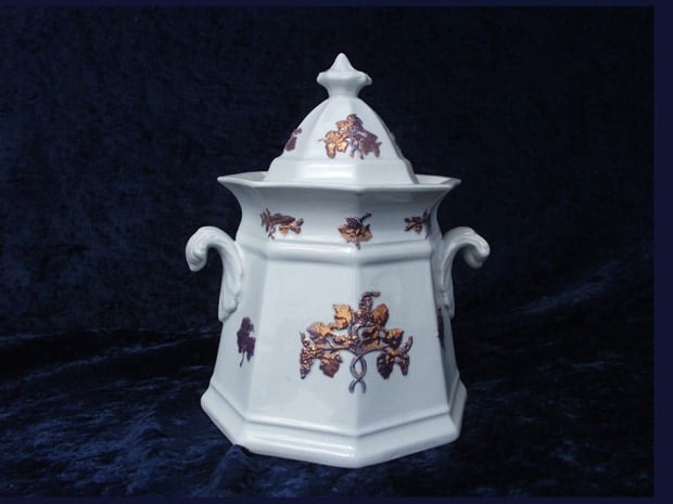 urn repaired by Karen Dean / ceramic restoration studios